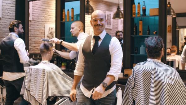 Daniel Kitanovski im Maskulin Barbershop